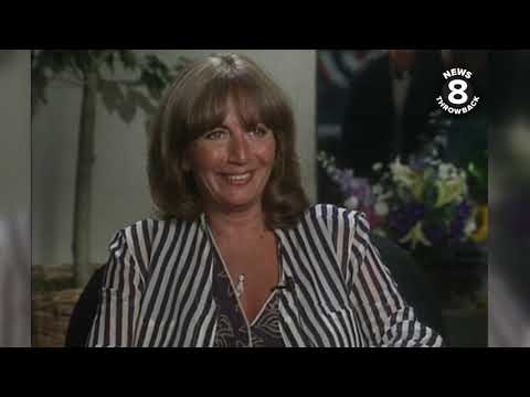 """Penny Marshall Speaking To San Diego's News 8 About """"A League Of Their Own"""" In 1992"""