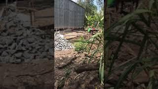 Ngày 9.5 . 2018 Ngọc cùng gia đình bạn Châu khởi công xây dựng căn nhà Mơ Ước cho Cô Hoa