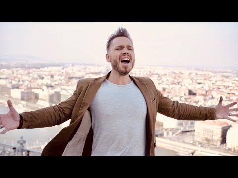 Nagy Szilárd feat. Ragány Misa - Európa 2020 (hivatalos klip) - English lyrics is in subtitles!