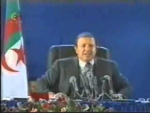 Bouteflika n'est pas Moubarek ! Le Premier Discours ABDELAZIZ BOUTEFLIKA En Kabylie.