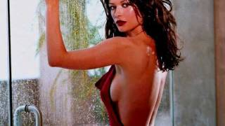 CATHERINE ZETA JONES --  HOT - NUDE - EXCLUSIVE