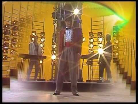Alphaville - Sounds Like A Melody (Live Wetten Dass 1984)