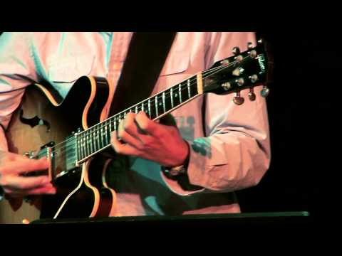 Adam Rogers Guitar improvisation H.264.mov