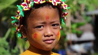 Veleiro Fraternidade ano novo em Lamotrek na Micronesia