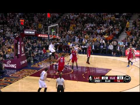 LeBron James First Half Dunk Fest vs Los Angeles Clippers