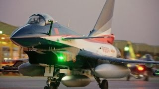 PAKISTAN BUYING CHINESE J-10 FIGHTERS JET