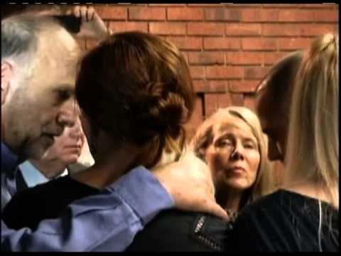 Oscar Pistorius é acusado de matar a namorada a sangue frio  - Repórter Brasil (noite)