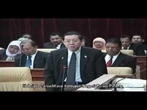 Aksi Datuk Azhar Ibrahim (BN) Tunjuk Punggung Dalam Dewan
