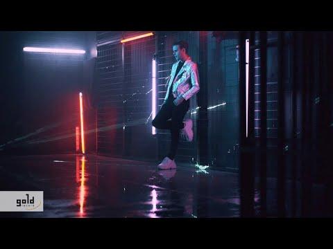 ZDROBA PATRIK – Kevés a szó | Official Music Video