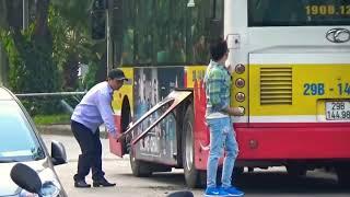 Vương Sơn Lâm troll quay tay giữa nơi công cộng - HAYZOtv