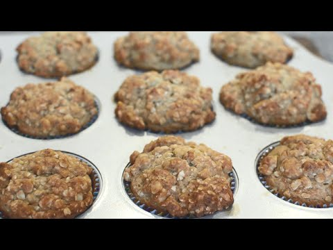 How to Make Banana Nut Muffins