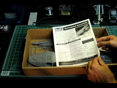Learn and talk about Monogram models, 1:25 scale models, 1:32