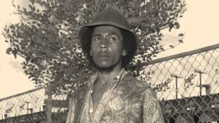 Download Lagu Bob Marley - Three little birds Alternate mix   Remastered HD Gratis mp3 pedia