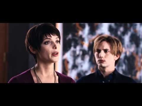 The Twilight Saga: Breaking Dawn Part 1 Full Trailer