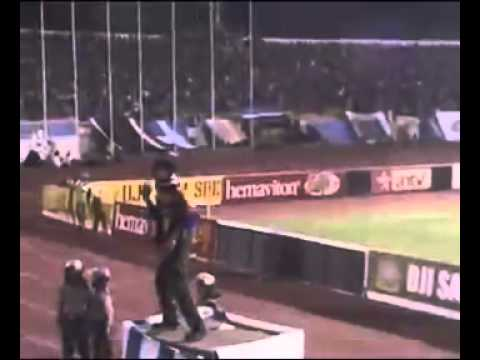 AREMANIA   The Best Suporter of Copa Indonesia 2007 www keepvid com mp4