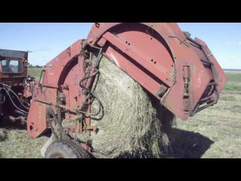работа трактора в поле | Видео на Запорожском портале