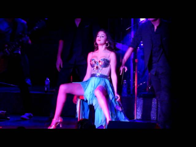 Selena Gomez - Whiplash - We Own The Night Tour - 9/10/11