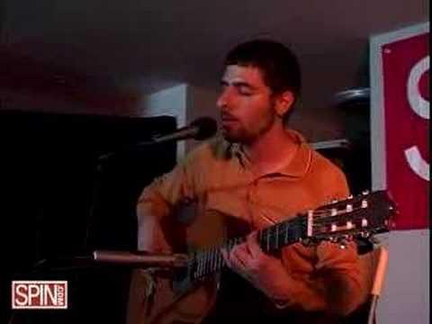 José González Crosses Live on SpinHouse