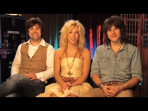 The Band Perry has how many pets?!!?