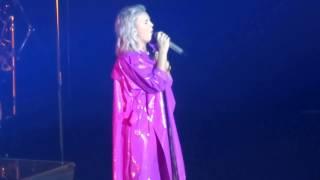 Anne Marie - Trigger - Ed Sheeran Divide Tour 1st May 2017 HD