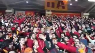 Yıllardır Seninle Geldik Her Yere ( ULTRASLAN Galatasaray Tezahüratı)