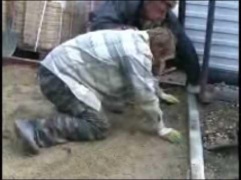 Видео как класть тротуарную плитку