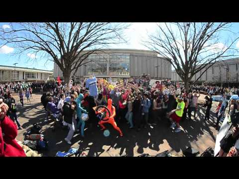 UNC Harlem Shake: University of North Carolina at Chapel Hill Pit Edition