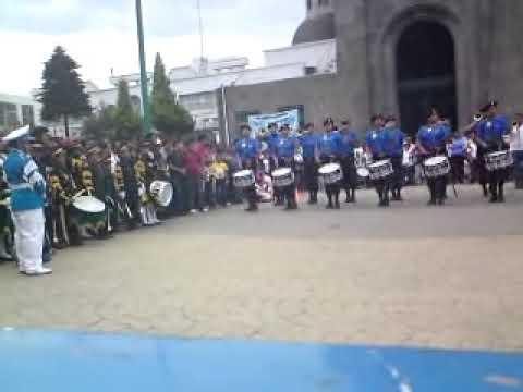 BANDA DE GUERRA ESCORPIONES 212 DE APIZAKO TLAX.