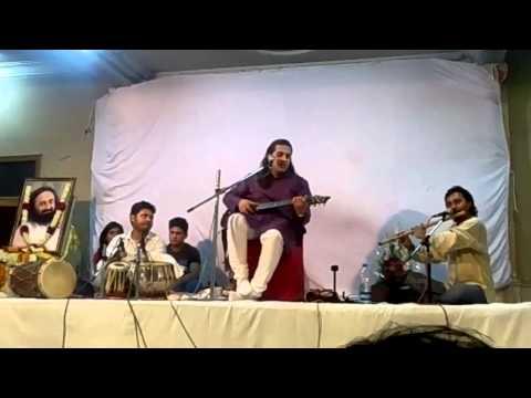 Aaj Mere Piya Ghar Aaye Hain - Art of Living Satsang