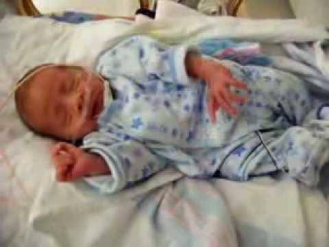 Dallas 33 Week Preemie in the NICU - YouTube