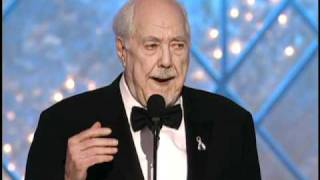 Robert Altman Wins Best Director Motion Picture - Golden Globes 2002