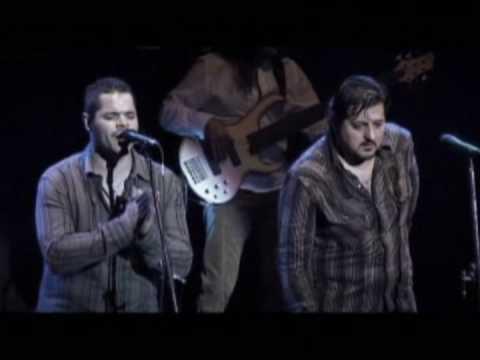 Los Guaranies - Tutu el ultimo cantor con imagenes en pantalla gigante