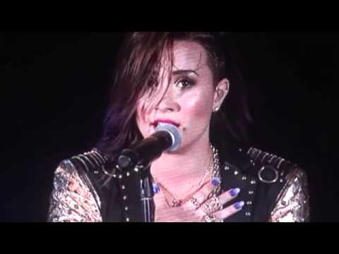 Demi Lovato (Live) - Banter - Nightingale (emotional performance)