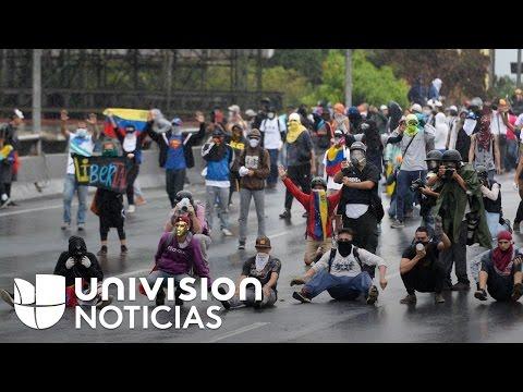 Seis muertos y más de cien detenidos en protestas contra el Presidente Nicolás Maduro