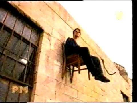 Oasis - Live Forever Video Official