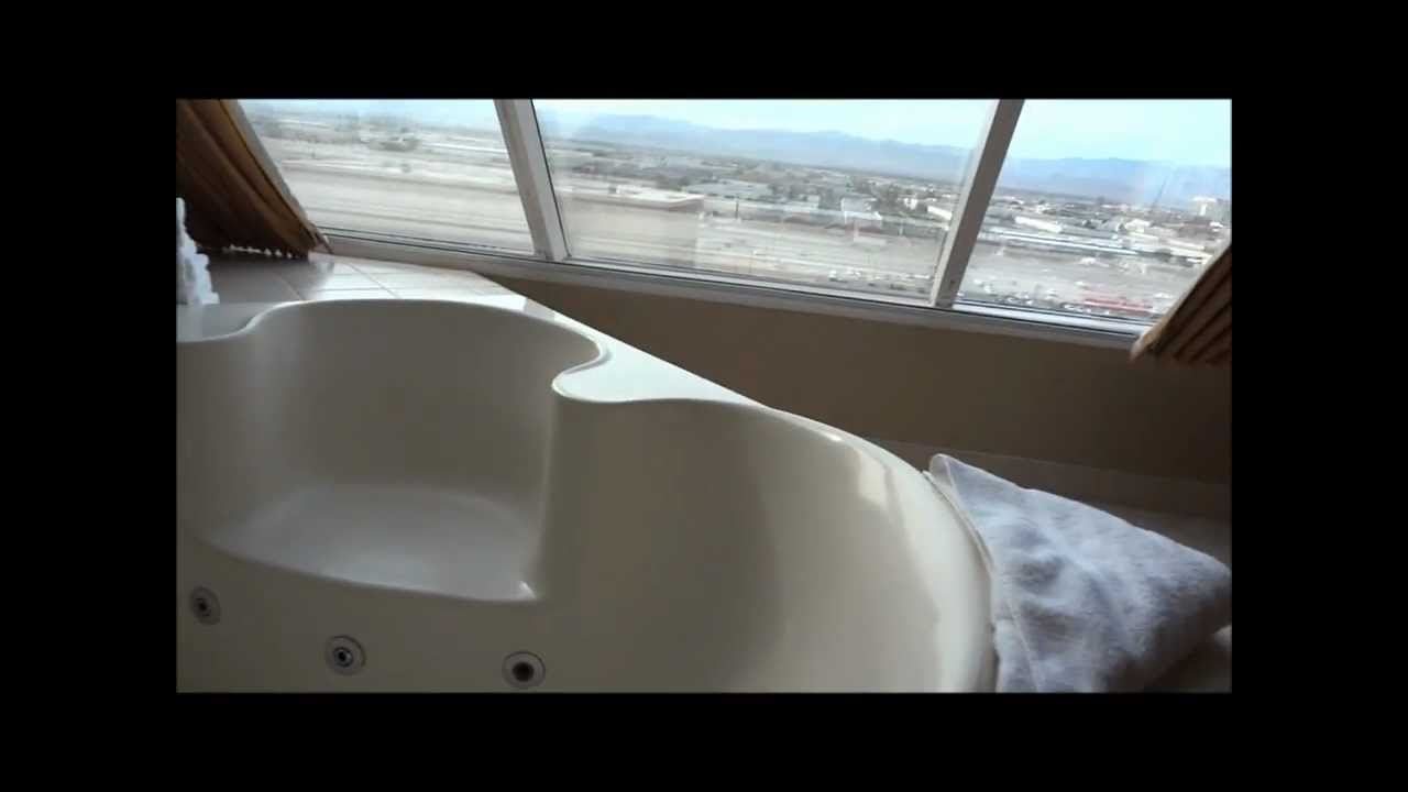 Luxor Pyramid Spa Suite Youtube