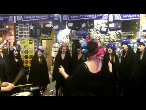 Gaggle - Army Of Birds - at Banquet Records