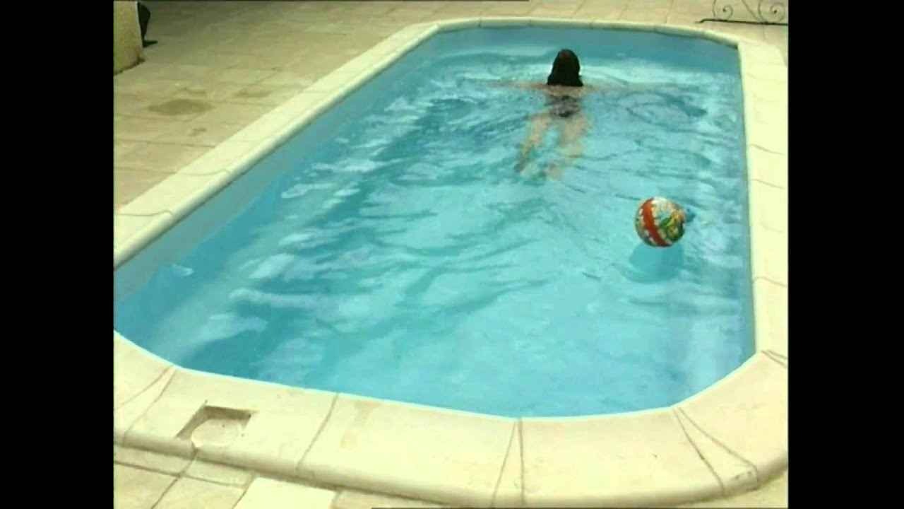 Piscine babypool coque polyester youtube for Piscine provence polyester
