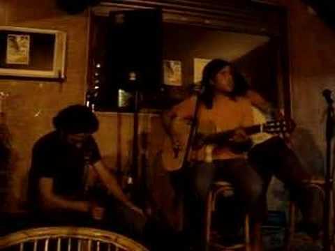 Trifulca Unplugged Asia Café