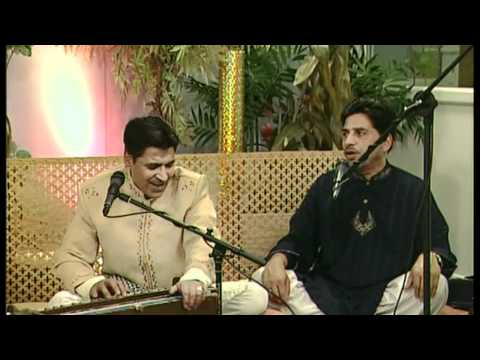 Adeel Chishti- Jaon Gi Ban K Jogan Sarkar Ki Gali Mein.wmv