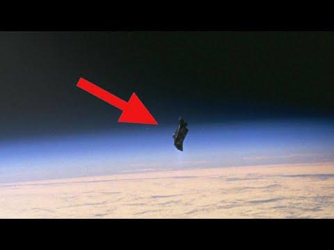 Uzaylılar Kara Şovalye Uydusuyla Dünyayı mı İzliyor?