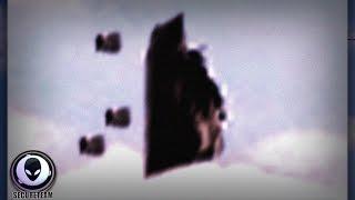 Mutterschiff sendet Späher aus / Alien Ship Caught Sending Scouts Over Florida - Must See! 7/18/2015