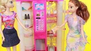 AllToyCollector Frozen Elsa & Anna PRANK BARBIE Fashion Vending Machine Prank Series