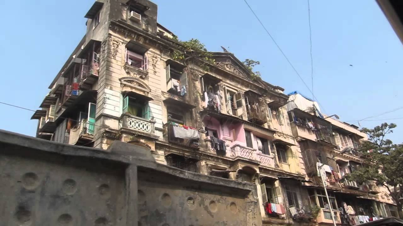 Thieves Market in Mumbai