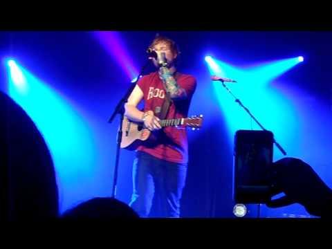 Ed Sheeran - Chasing Cars [HD]