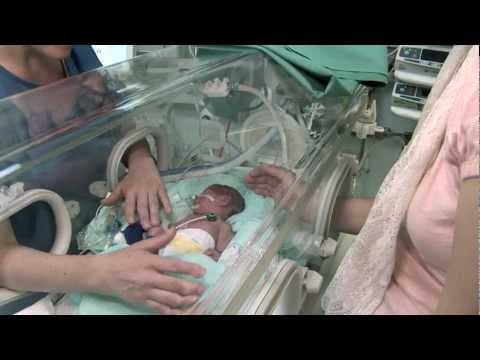 Frühgeborene pflegen? Arbeiten in der Neonatologie des UniversitätsSpitals Zürich USZ