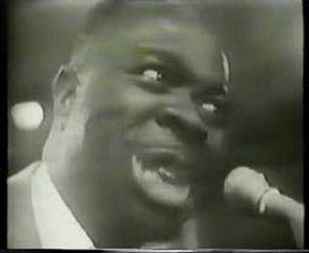 RUFUS THOMAS - Walking the Dog (1965)