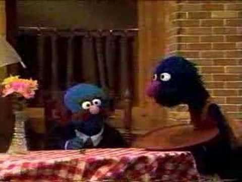 Sesame Street - Waiter Grover - Windy Day