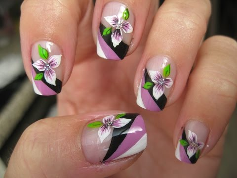 Nail art: Tricolor french with flower