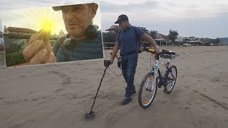 Metal Detecting Beach And Ocean! / Is This What We Think It Is?!